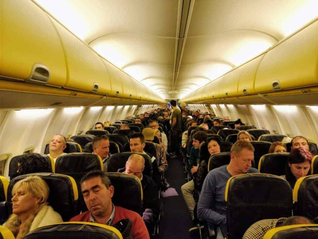 ryanair cabin airplane